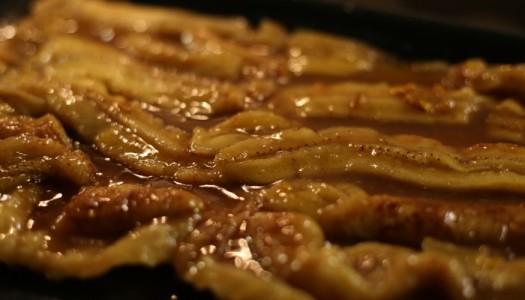 Banane al forno con zucchero e cannella