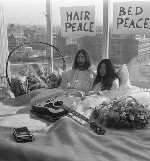 Mostra John Lennon a Bologna