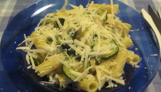 Pasta con zucchine (light o carbonara!)