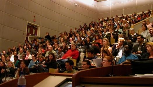 Laurearsi in tempo: colpa dello studente o del professore?