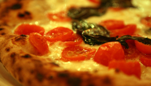 Quando la pizza te la consegna una donna