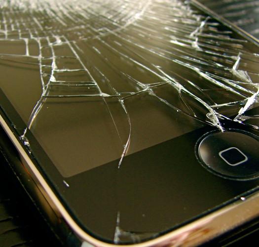 Una settimana senza smartphone: telefoni preistorici e riflessioni moderne