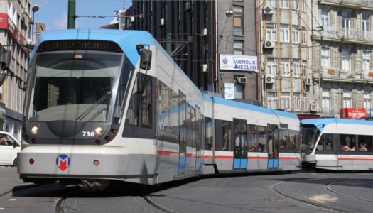 Guida (di sopravvivenza) ai trasporti di Istanbul